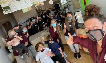 Juice It Up! College Station Bands Together With Community to Donate Over 1,000 Açaí Bowls to Healthcare Workers