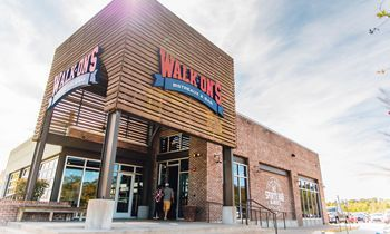 Walk-On's Celebrates Grand Opening of First Wilmington Restaurant