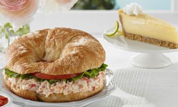 Chicken Salad Chick Opens Third Knoxville-Area Restaurant In Oak Ridge