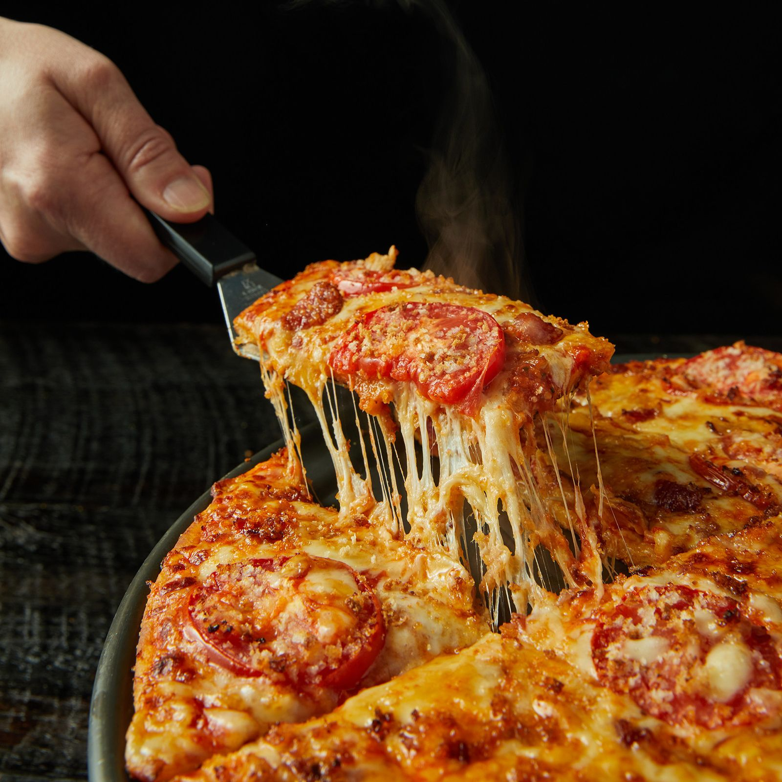 Donatos Adds Ultimate Grilled Cheese Pizza to its Signature Menu