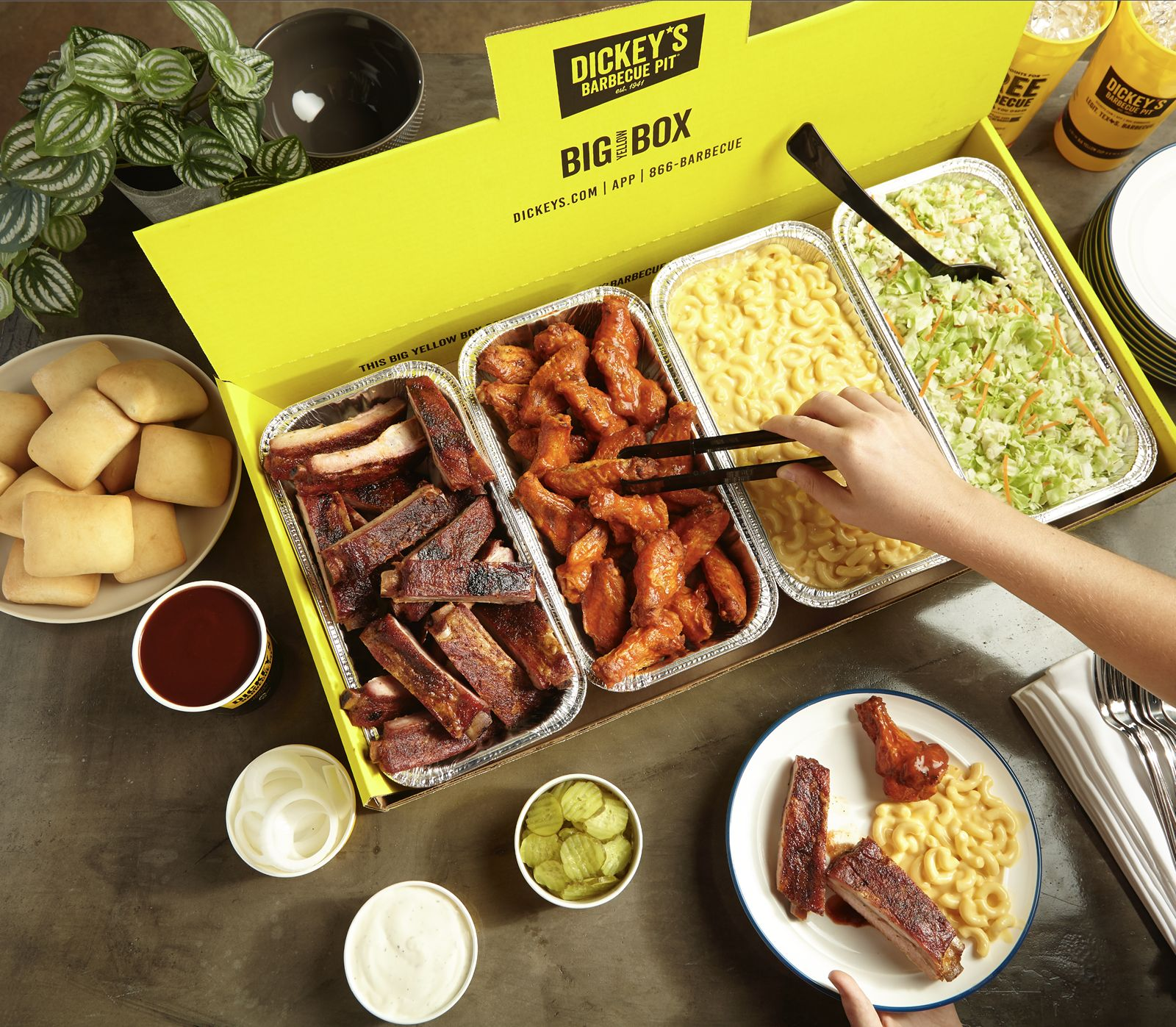 Dickey's Hits Record-Breaking Sales on Labor Day Weekend