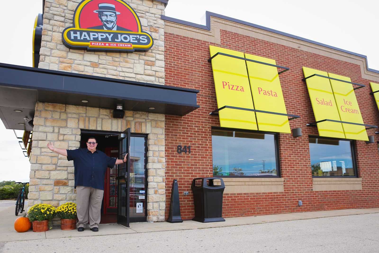 Happy Joe's Makes Highly Anticipated Fond du Lac Debut