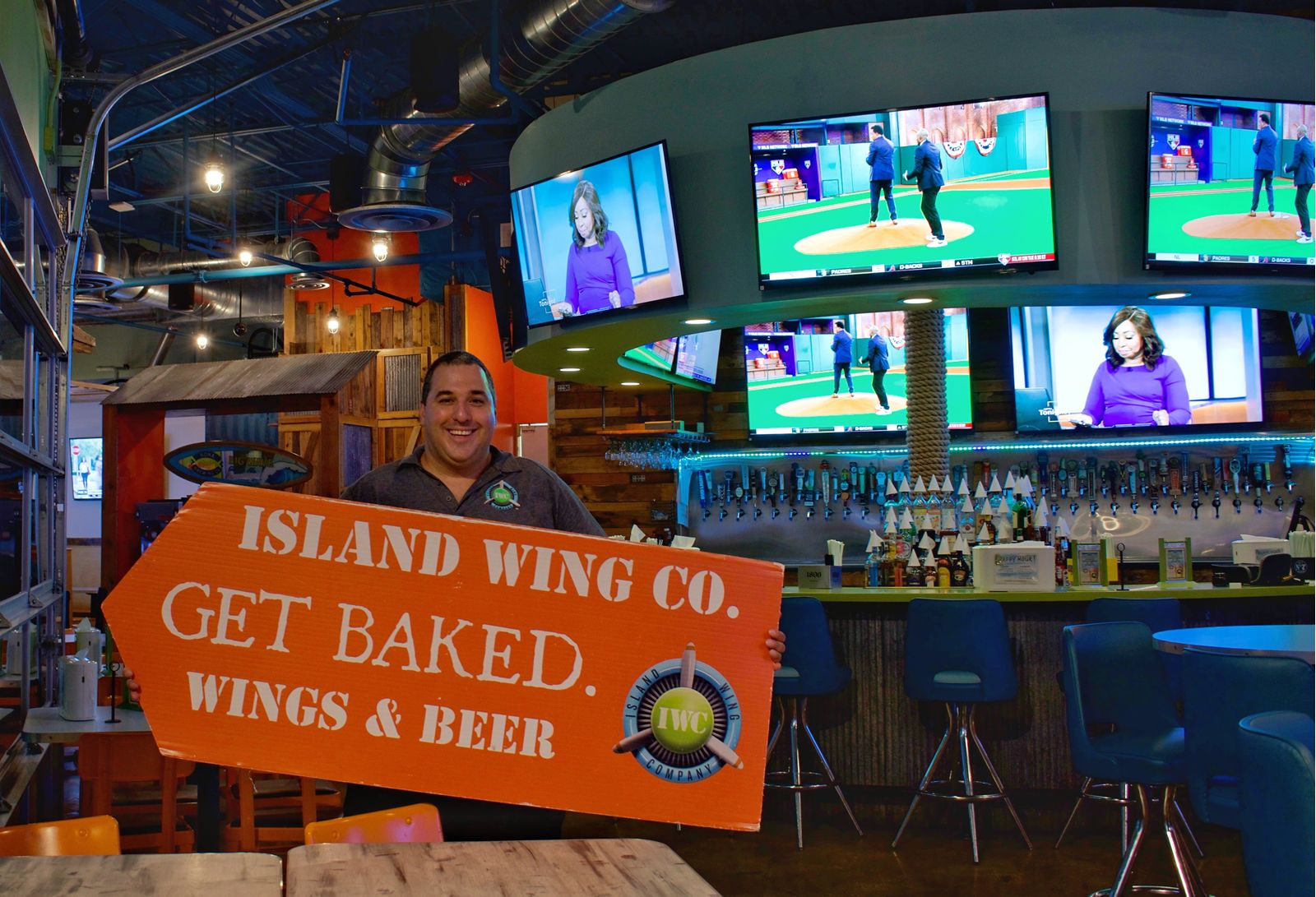 Island Wing Company Announces New Manager and Artist Mateo Blanco at Hunters Creek Location