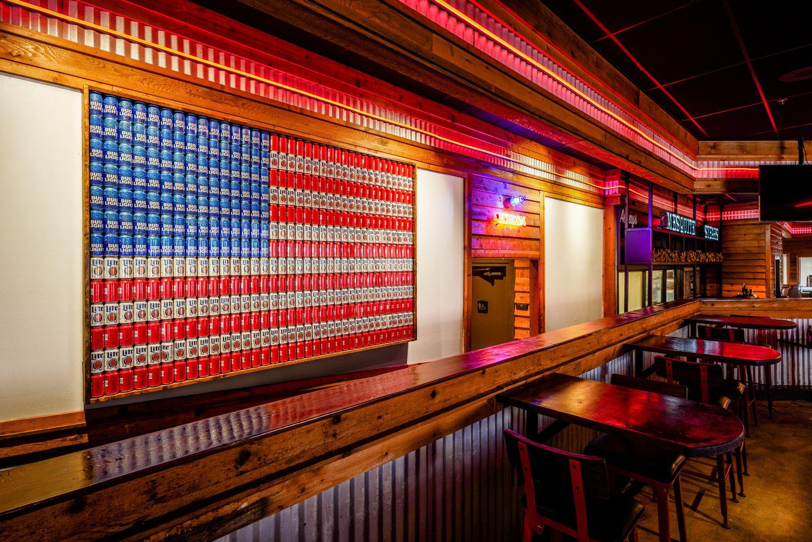 Logan's Roadhouse Celebrates Grand Reopening of Remodeled Restaurant